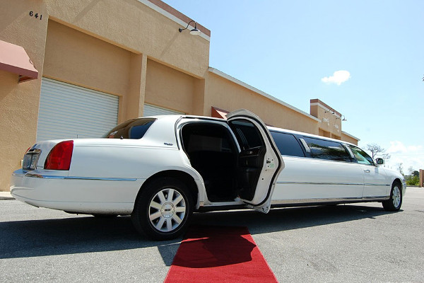 Indianapolis Lincoln Limos Rental